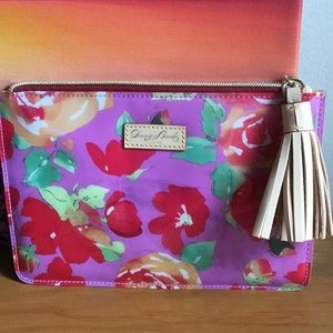 🌹Dooney Bourke Cosmetic bag 🌹